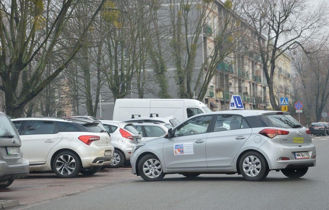 Nauka jazdy pod egzamin. Samochód egzaminacyjny na prawo jazdy